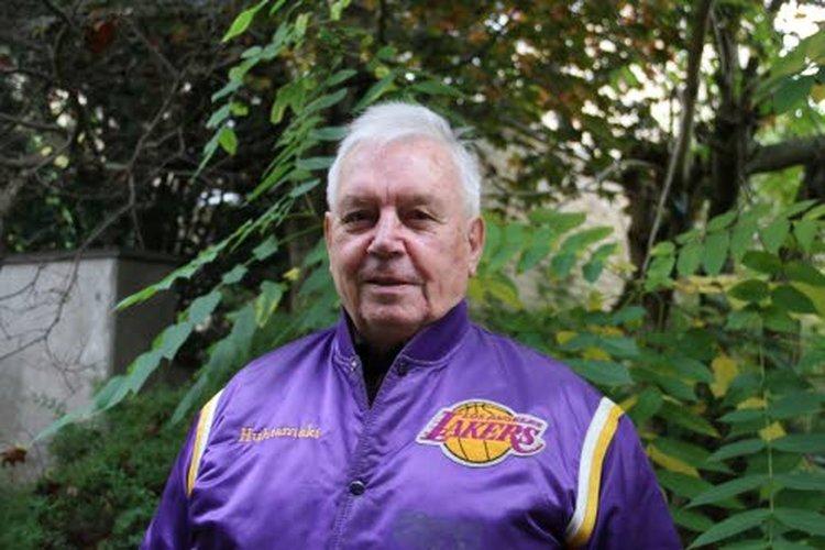 Martti Huhtamäki on kutsuttu koripalloilun Hall of Fameen.