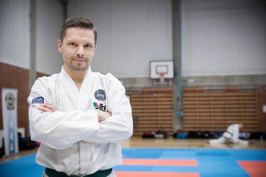 Mikko Heikkilän mielestä taekwondo sopii kaikenikäisille ja -kuntoisille harrastajille.