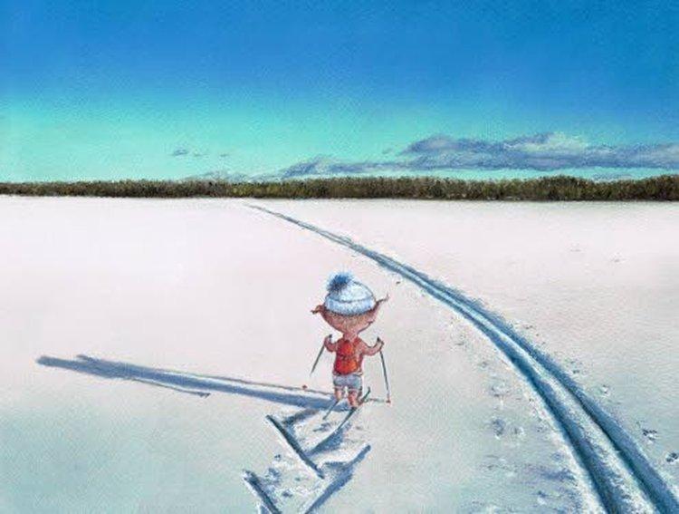 Santtu-Tonttu taittaa matkaa talvella pääasiassa hiihtäen ja kesällä kävellen.