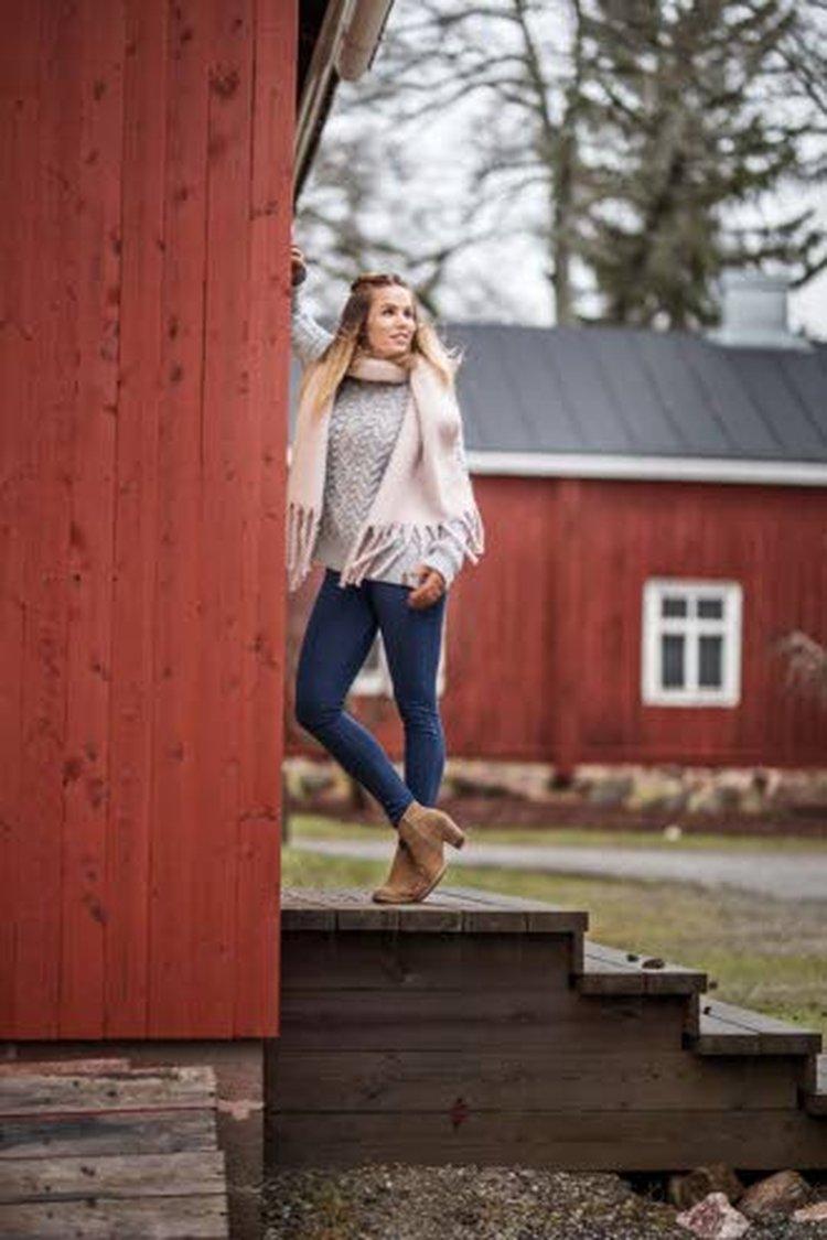 – Stressin hallinta on tärkeässä osassa myös painonhallintaa, Anu Kiiveri painottaa. Hän on onnellinen siitä, että saa asua lähellä luontoa.