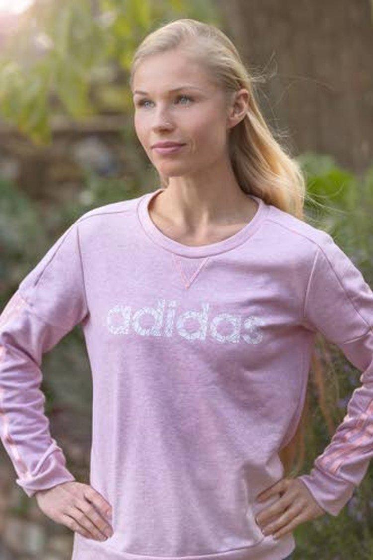 Talven 2018 ultrajuoksija Noora Honkala harjoittelee Kreikassa ja jonkin verran Italiassa.