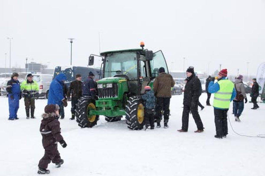 Ryskypäivien arvonnassa on tänä vuonna pääpalkintona tuliuusi, noin 50 000 euroa maksava Massey Ferguson traktori.