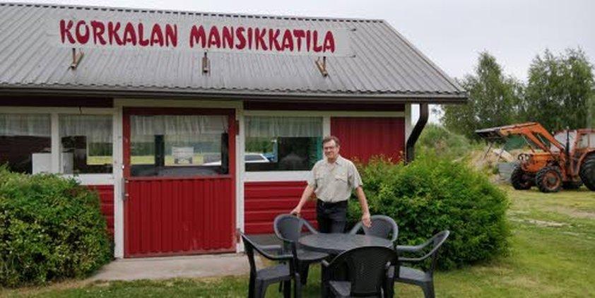 Tänä vuonna 25 vuotta täyttävä Korkalan mansikkatila etsii jatkajaa. Topi Korkala lupaa toimia uudelle yrittäjälle mentorina ensimmäisen vuoden.