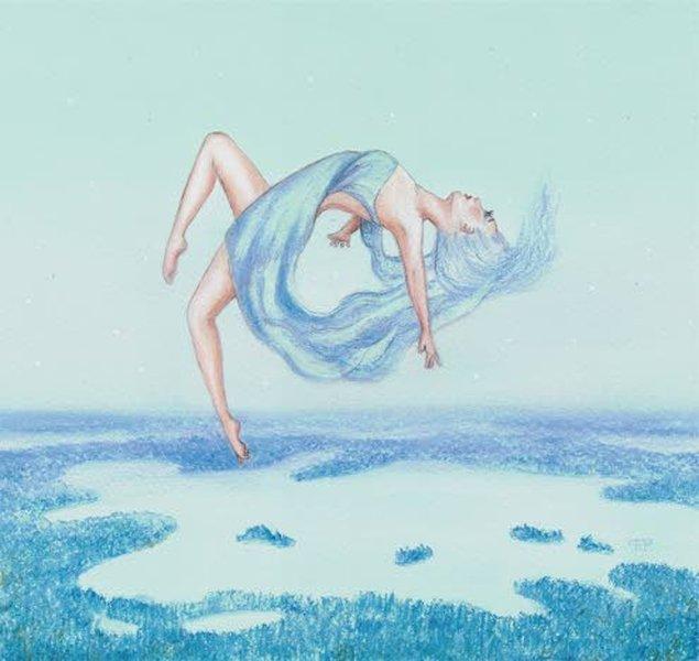 – Nostin Ilmattareni liikkumaan ja tanssimaan samantyylisesti ilmassa kuin ennen Järven tarina -elokuvaa esitettävässä Noste-lyhytelokuvassa tehdään veden alla. Lopputuloksena on mielestäni hyvin eteerisen kevyt ja kaunis Ilmatar, Pia-Maria Pohto kertoo.