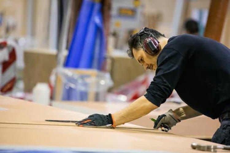 Koko Teri-Talojen talopakettien teollinen tuotantoprosessi tapahtuu kosteudelta suojassa, sisätiloissa Teerijärven tehtaalla.