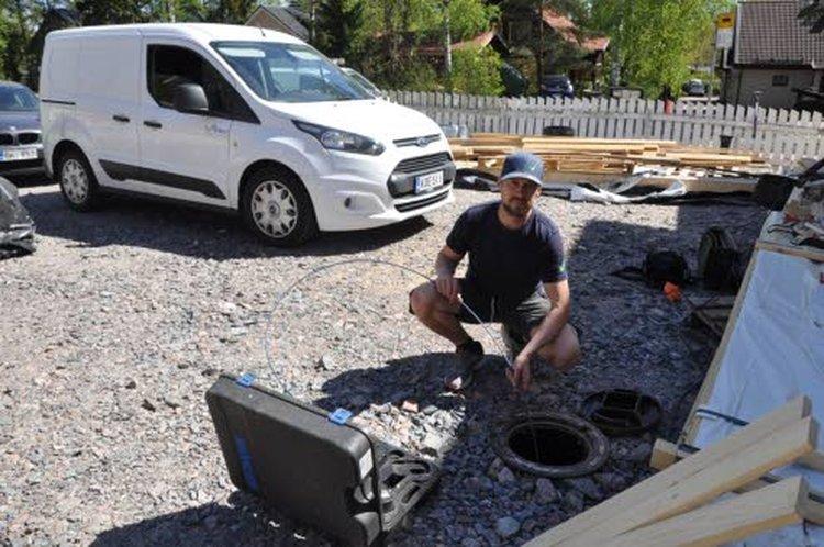 As Oy Melkontornin viemärisaneerausurakoitsijan, ympäri Suomen viemärikorjauksia tekevän LVI-Tuikun Tuure Pitkälän mukaan suomalaiset ovat nykyään aiempaa valveutuneimpia ympäristöasioissa; se näkyy myös rakennus- ja remonttialalla.