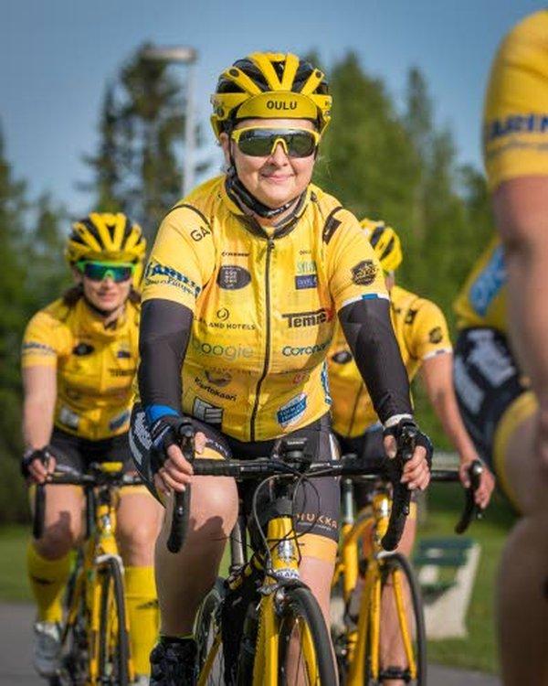 Kati Isojämsä päätti viime syksynä, että seuraavana kesänä hän pyöräilee Pariisiin Team Rynkeby - God Morgon -hyväntekeväisyyspyöräilyprojektissa, jossa kerätään varoja syöpään sairastuneille lapsille.