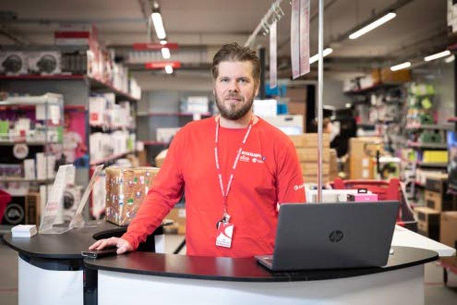 Raahen Kännykkäkaupan palvelupiste on Ylivieskan Kärkkäisen kodintekniikkaosastolla.