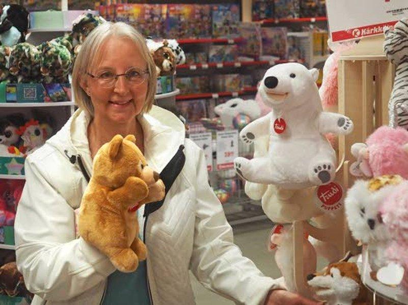 – Lapset rakastavat erilaisia eläinhahmoja, joita me käytämme paljon nukketeatteriesityksissä, päiväkotiyrittäjä Anita Görman kertoo.