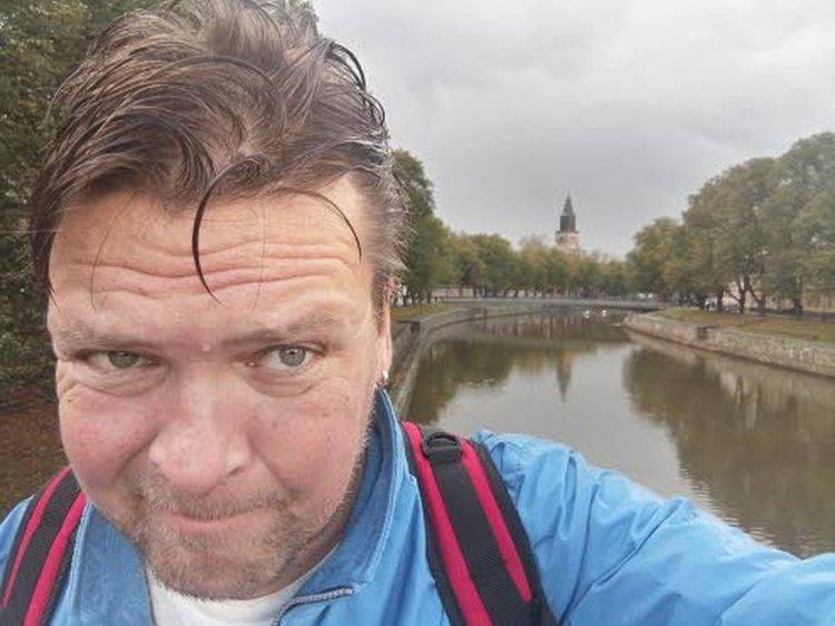 – Aurajoki-kävelyn aikana tuli muutamana päivänä sadekuuroja, jotka takasivat hyvin happirikkaan sään, eli kelit olivat suosiolliset, Timo Tapio summasi tempauksen päättyessä sunnuntaina 18. lokakuuta, kun 1000 kierrosta on takana.