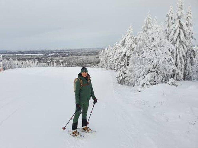 Tammikuun alussa Anu kävi hiihtämässä ja lumikenkäilemässä Vuokatissa. Myös kotona Lohjalla lunta nyt riittää, ja ladut ovat huippukunnossa.